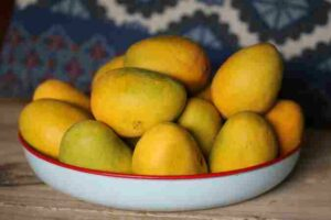 What Food Items We Should Not Eat After Eating Mango And Why ?